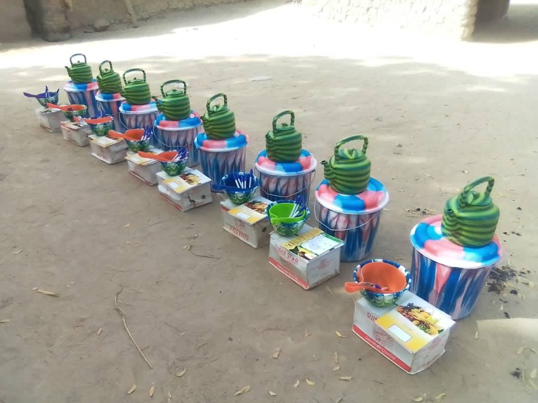 La distribution des kits se poursuit dans les groupements MataMasuDubara, encadrés par le Centre 2MInvest dans les régions de Tillaberi et Niamey