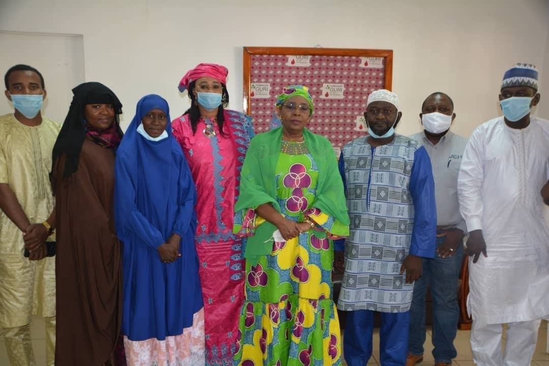 La Première Dame du Niger, Hadjia Aissata Issoufou, Présidente de la fondation Guri Vie Meilleure assure le Haut Patronnage de la 2ème édition de la Journée Nationale du Jeune Leader.